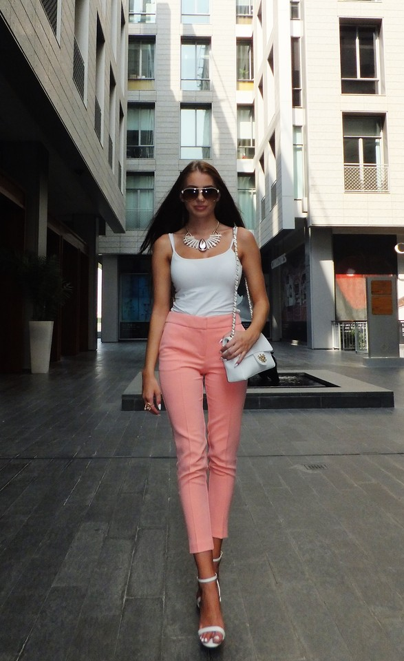 Laura Badura - Miss Selfridge Shorts, Kurt Geiger Heels
