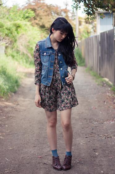 Danielle Payton , Levi\u0027s® Denim Vest, Vintage Dress, Gap