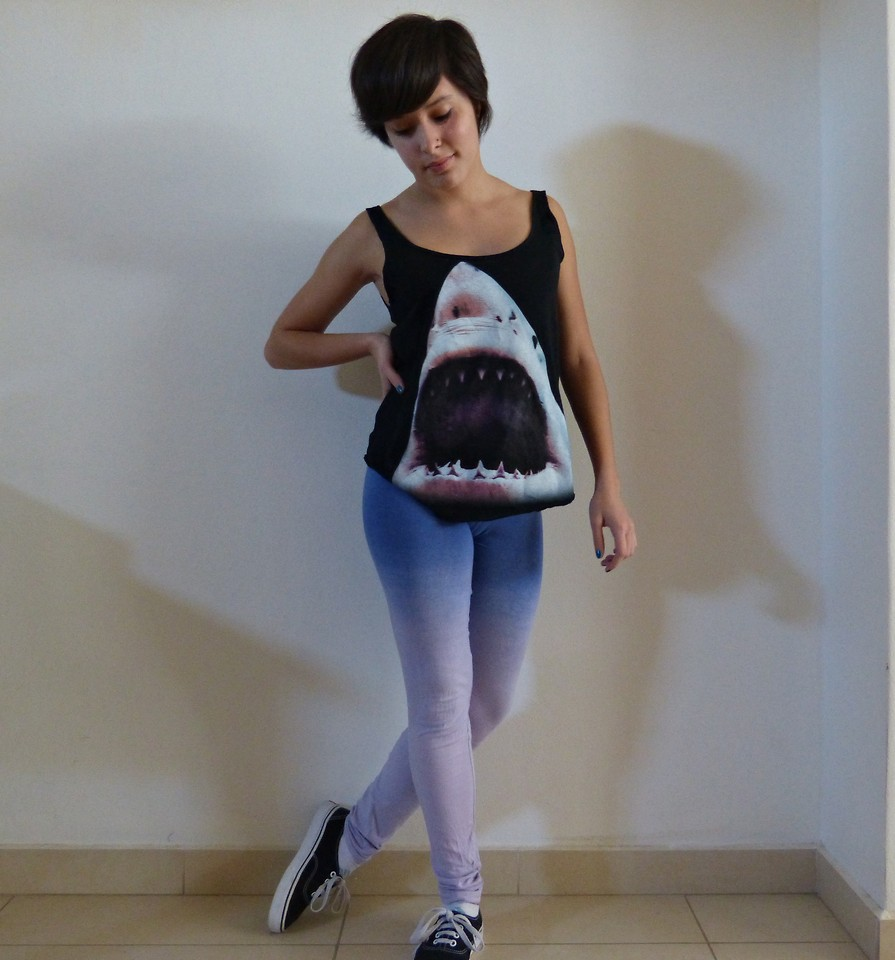 Perth Blackborough Relacionado chatarra  Lorena Zuluaga - Billabong Shirt, Complot Leggins, Vans Shoes - Sharrrrks |  LOOKBOOK