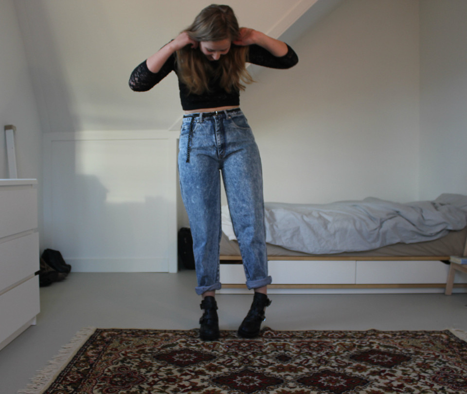 var man kan köpa se upp för smuts billigt Eva Dam - Vintage Mom Jeans, Cut Out Boots, H&M Lace Crop Top ...
