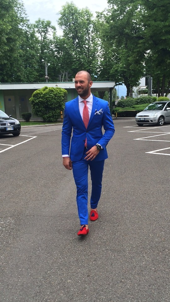 JJ88 Fashionist - - Blue suit with red
