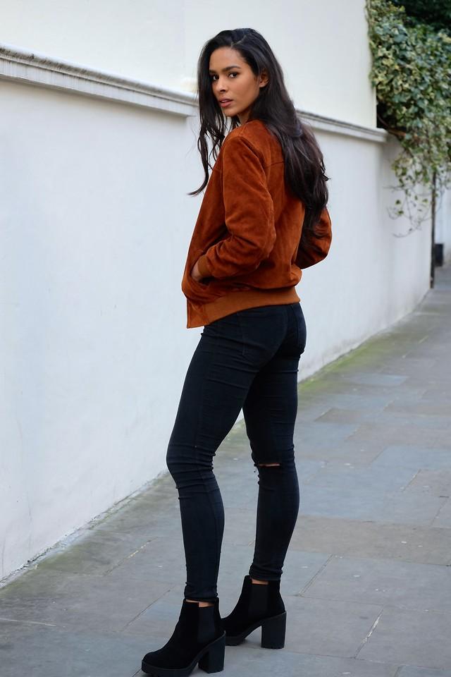 Elvira Vedelago - Urban Outfitters Vintage Bomber Jacket, Dr. Denim High Waisted Skinny Jeans, H ...
