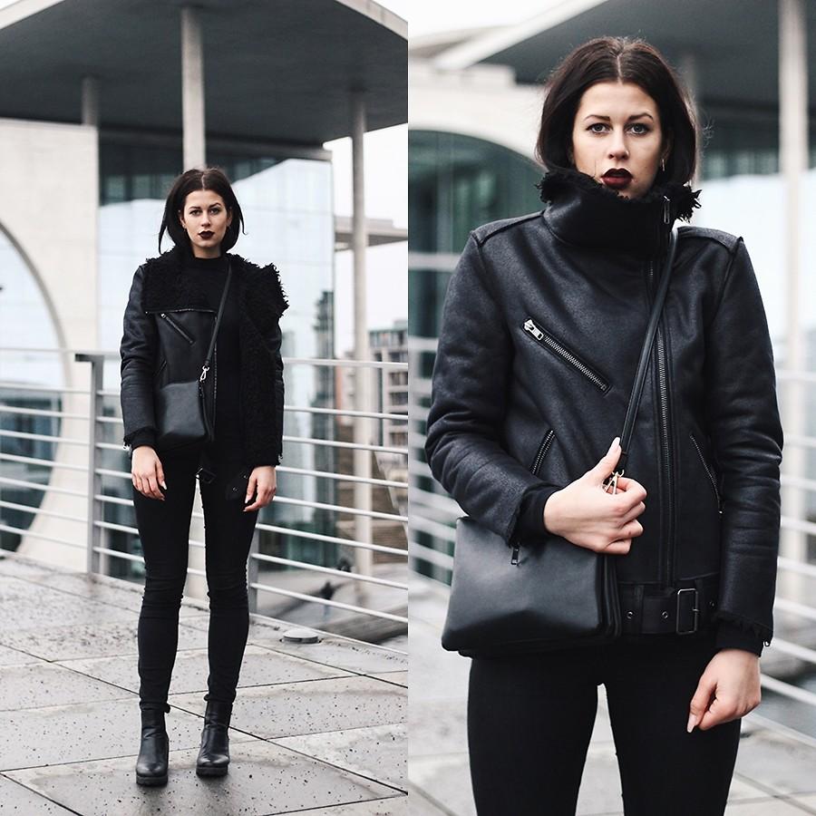 SCHWARZER SAMT H&M Biker Jacket, Weekday High Waist Jeans