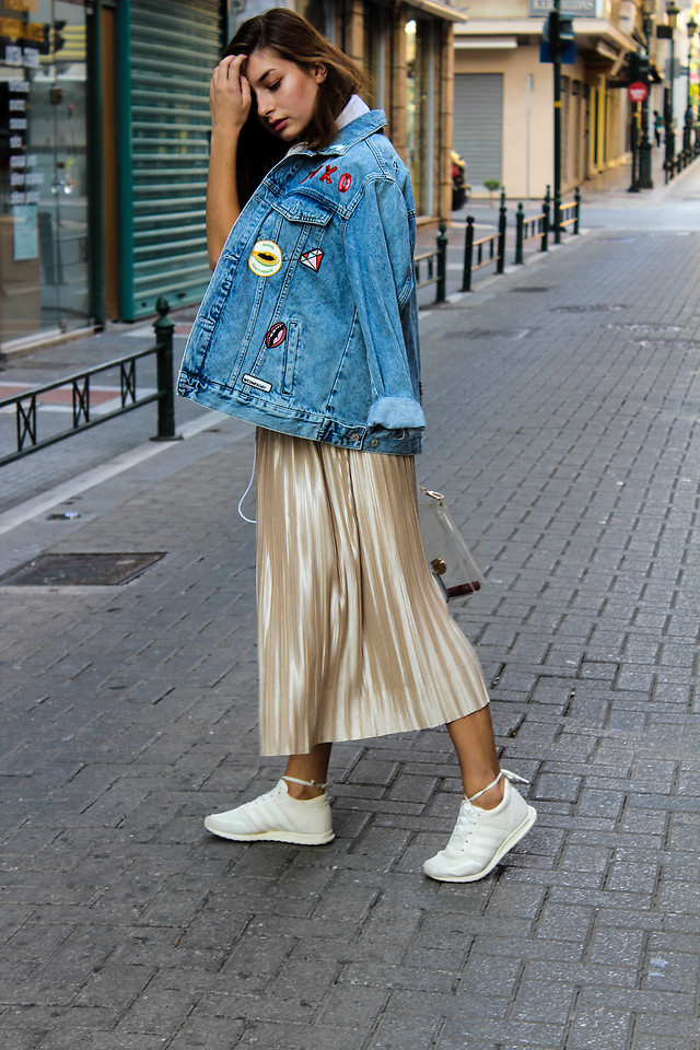 Fashionista NOW: How To Wear Metallic Pleated Midi Skirt?