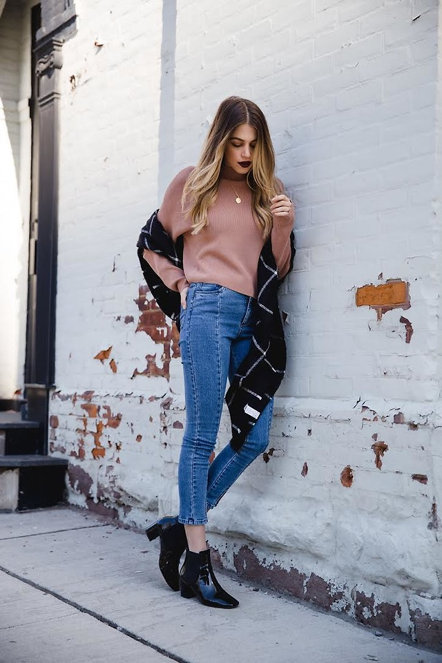 Fashionista NOW: How To Nail The Sweet Blush Pink Color Trend?