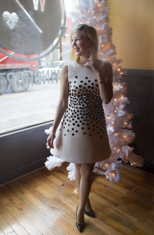 Bree Fesh Kate Spade Black And White Party Dress Cartier Gold