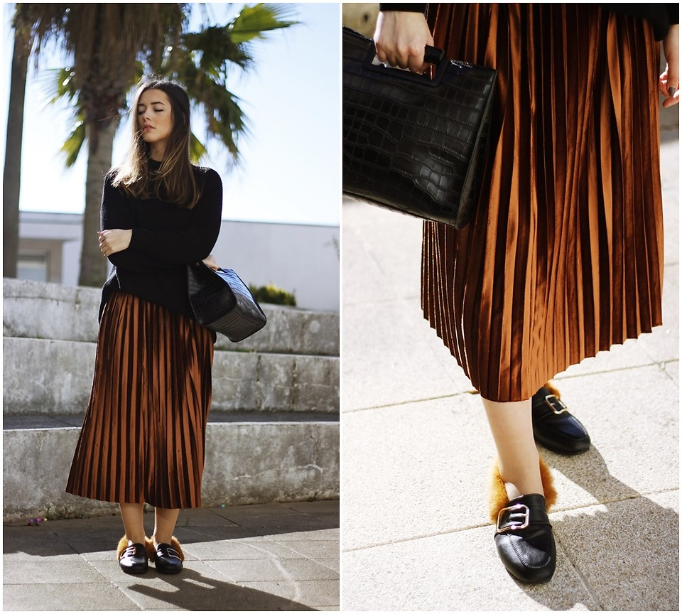 Fashionista NOW: 10 Chic Ways To Wear Shiny Metallic Midi Pleated Skirts