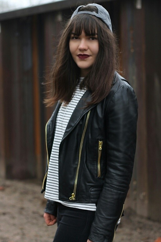 Modewunsch .de Lederjacke einfach gestylt (Modeblogger