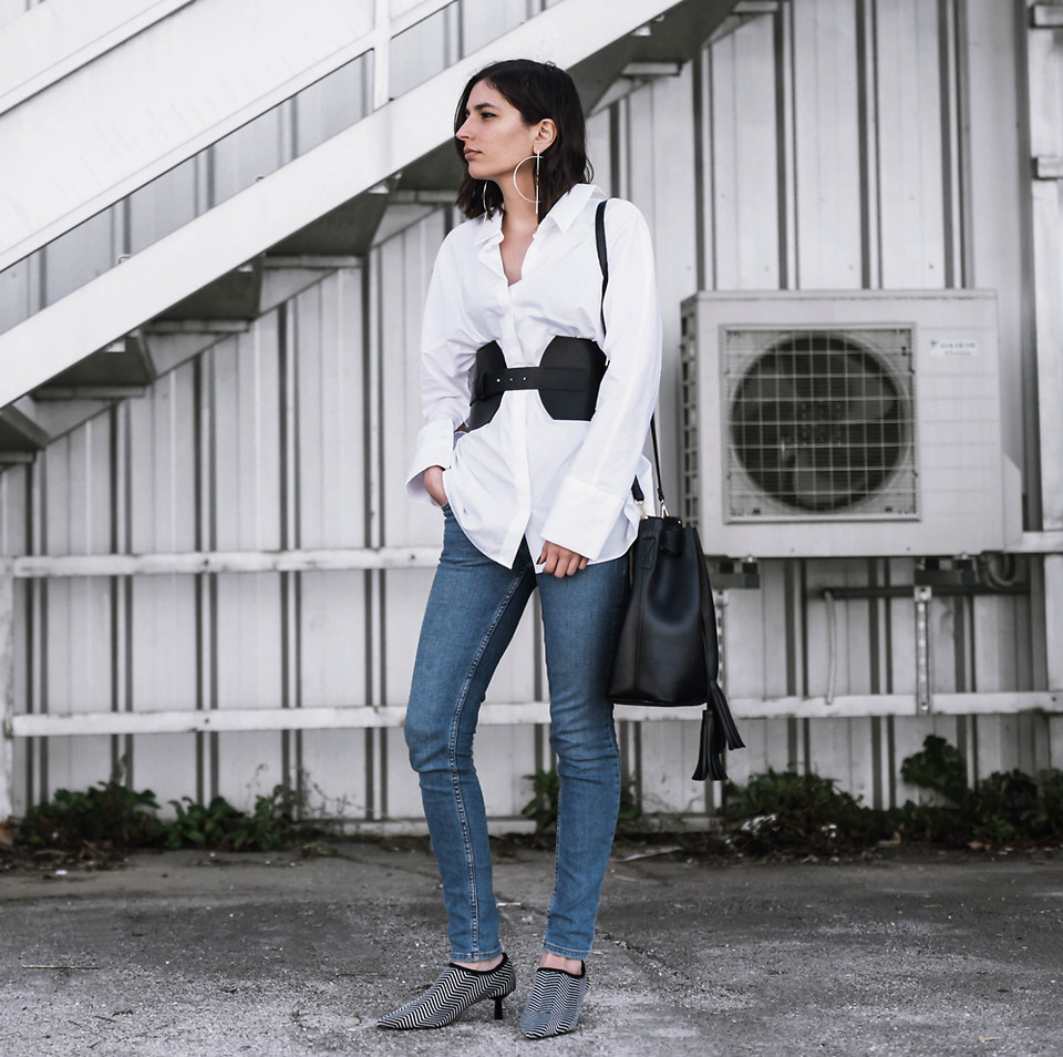 Fashionista NOW: How Style Bloggers Wear The Corset Belt Trend