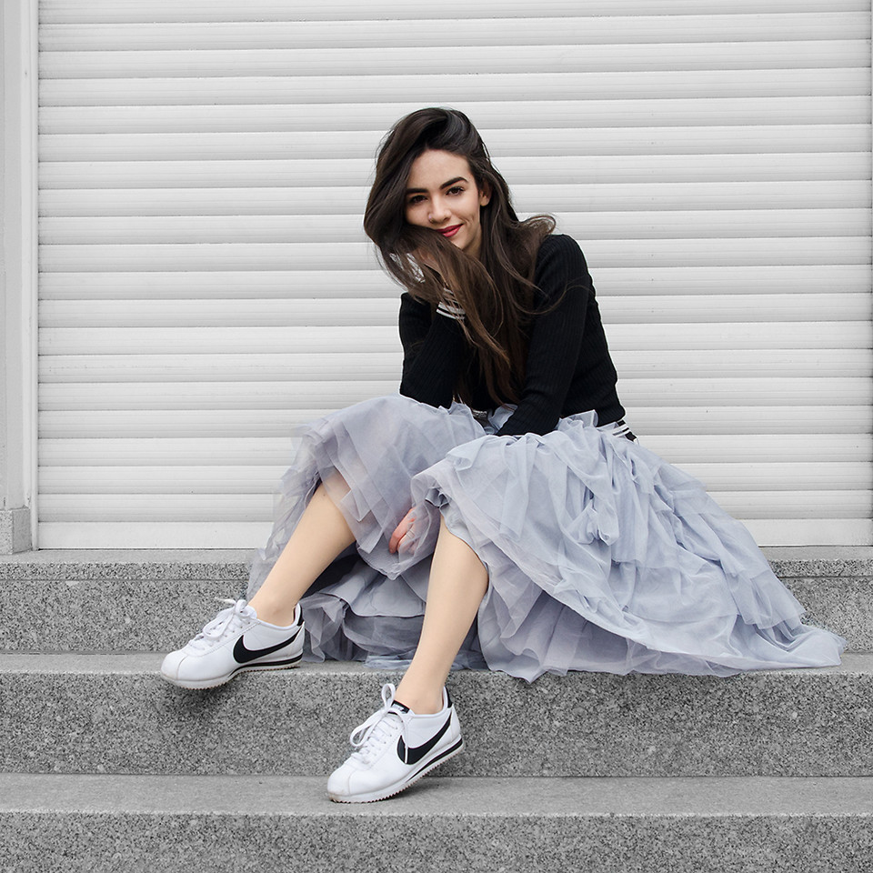 Fashionista NOW: How To Wear Tulle Skirts In Comfy Edgy Outfits?