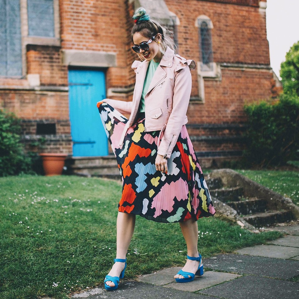 Fashionista NOW: How To Wear Happily Patterned Skirts And Ooze Spring/Summer Vibes