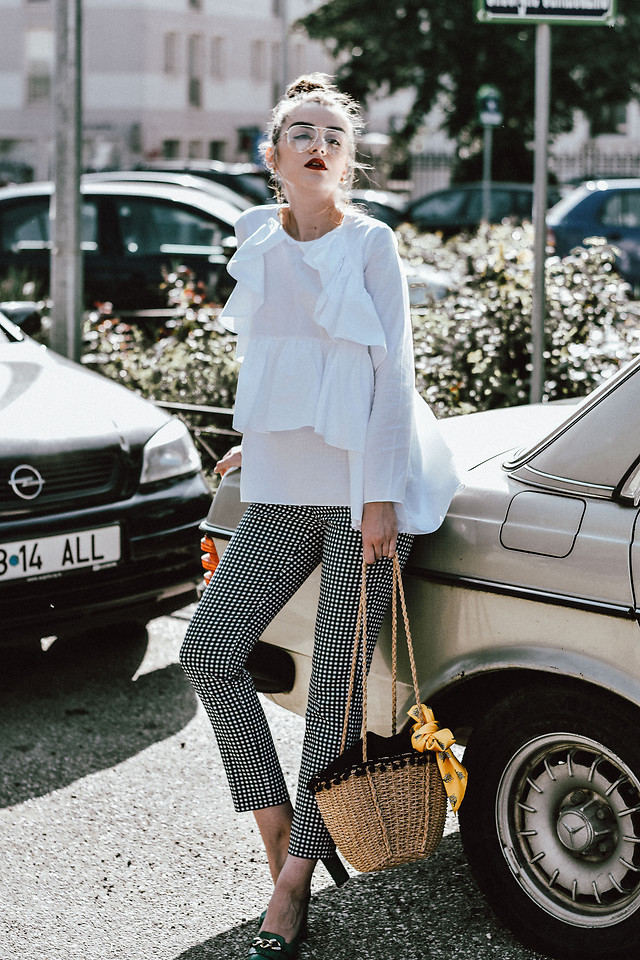 Fashionista NOW: How To Wear Gingham Pants?