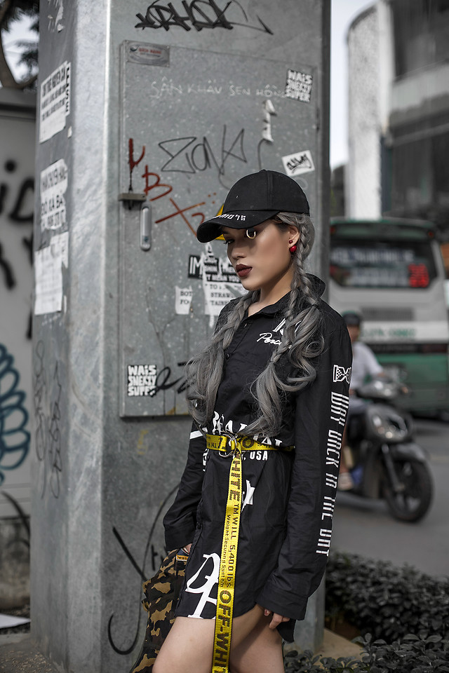 Fashionista NOW: How To Wear That Yellow Industrial Belt Trend?