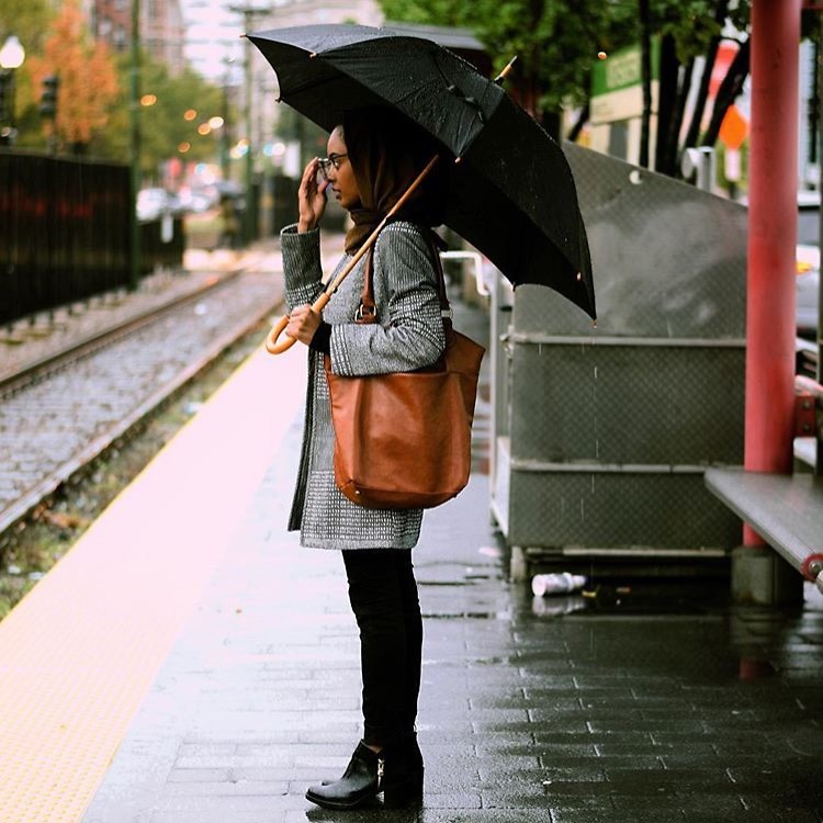 Fashionista NOW: Umbrella Style Inspo For Your Rainy Day Look
