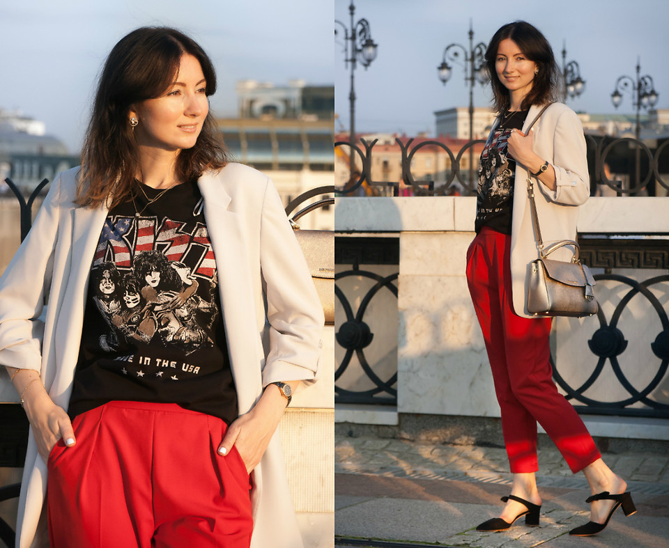 Fashionista NOW: How To Style A Pair Of Bold Colored Pants?
