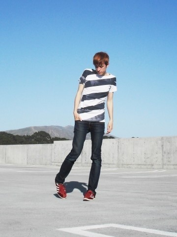 Biz C - Rogan T Shirt, Nudie Jeans Super Slim Kim, Adidas Gazelle Sleek - Signal