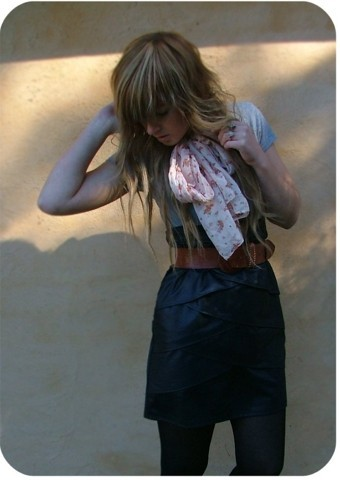 Tamara Cordon - Vintage Silk Scarf, Vintage Structured Leather Skirt - You're the boss, apple sauce