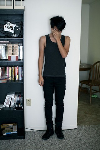 Bryce Na - Banana Republic Tank, Cheap Monday Very Stretch Black Jeans, Yves Saint Laurent Nomades - Sea change °