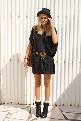 Adenorah M - Etam Robe, Vintage Ceinture, New Look Boots - Bling belt