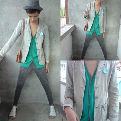 Jeroy Balmores - Blazer, F&H Vest, Thrifted Purse, Thrifted Leggings, People Are Shoes, Paporma Fedora - Yes, this is my pickup. No, I will not help you move. :)))