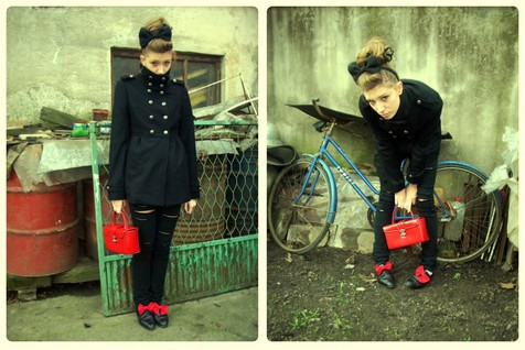 Mirna Pindovic - Ny Winter Coat, Zara Ripped Jeans, Somewhere In Trieste Tap Shoes With Bow, Grandmother's Devise Pin Up Bag?, Handmade Bow Hairband - Are you ten years ago