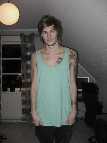 Fredric Johansson - American Apparel Big Tank - I'm bored this friday evening!