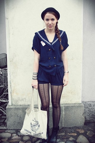 Felicia Hansson - Primark Tights, American Apparel Piqué Bloomer, Second Hand Sailor Suit, H&M Hat, Beyond Retro Bag, Second Hand Shoes - Sailors finghting in the dancehall