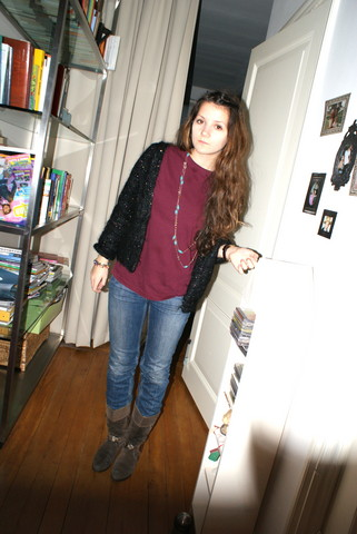 Annabel V. - Urban Outfitters Jeans, Vintage Cardigan, H&M Mens Shirt, Vintage Cowboy Boots - Another day of school,
