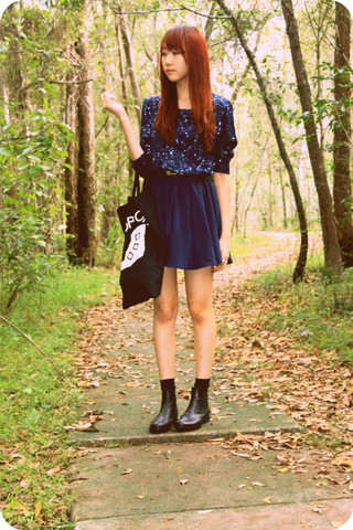 Wends Ma - Vintage Navy Sequin Dress, The Horrors Tote, The Frye Company Chelsea Boots - Program of the first part