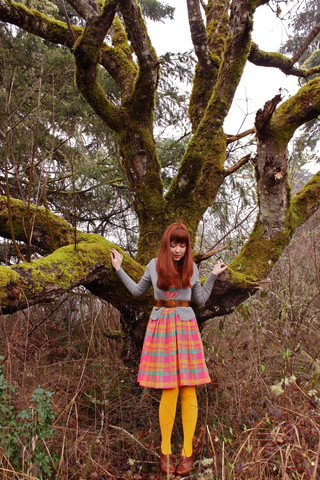 The Clothes Horse R - Vintage Picnic Dress, Yellow Tights, Gap Grey Cardigan, Seychelles Brown Heeled Oxfords - Fed By Birds