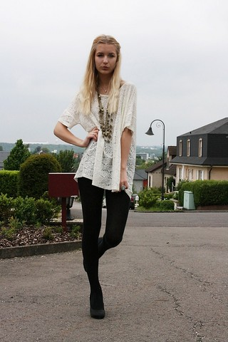 Kristiana V - H&M Size L Big Lace Shirt, New Look Necklaces - Black and white of course