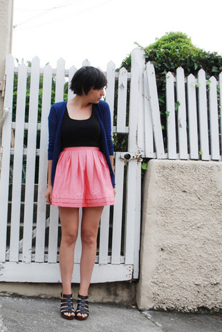 Cali Vintage - Skirt, Loft Cardigan, Loft Tank, Loft Wedge Sandals - Back to basics