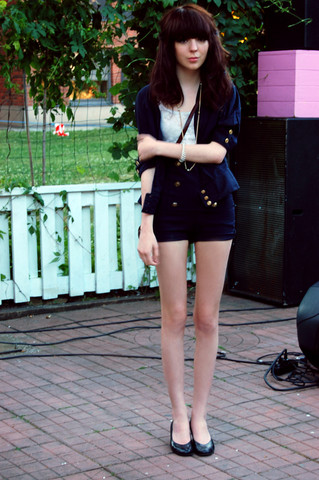 Shelley Mulshine - Second Hand Jacket, Made Them High Waist Sailor Shorts, Din Sko Shoes, H&M Lace Top - Sommar!