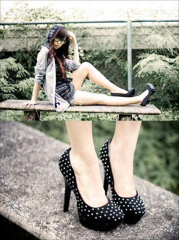 Kryz Uy - Wagw For Her Man 3 In 1 Sweater Jacket, Michael Antonio Black Studded Pumps - Lexa Black