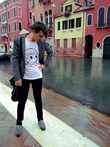 Marco M. - H&M Grey Blazer, Cheap Monday Logo White T Shirt, Koan Black Leather Bag, Cheap Monday Very Strech Black Tight Jeans, Ask The Missus Grey Brogues - How to get wet in Venice