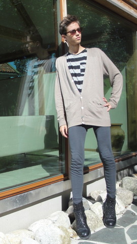 Eike Mikal - Vailent Cardigan, H&M T Shirt, Devold Leggings, Roots Boots, Asos Sunglasses - Reflection