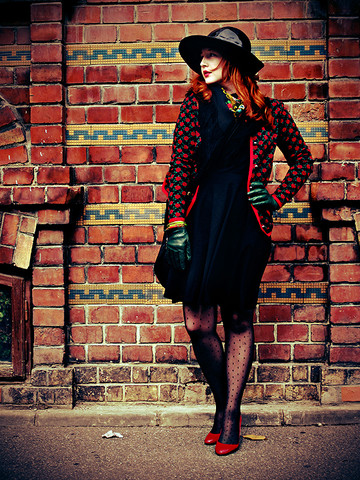 Ioa G - Moda Internaitonal Black Jersey Dress, Wolford Spotted Tights, Zara Red Pattent, Eric Javis Rain Hat, St Petersburg Russian Scarf, Vintage Rose Print, Mango Green Gloves, Vintage Bracelets - Hello October