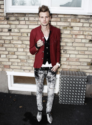 Fredric Johansson - Virginblak Red Blazer, Virginblak Sheer Tee, Virginblak Black Vest, Virginblak Acid Washed Jeans, Virginblak Snake Skin Shoes - Whisky In The Morning...