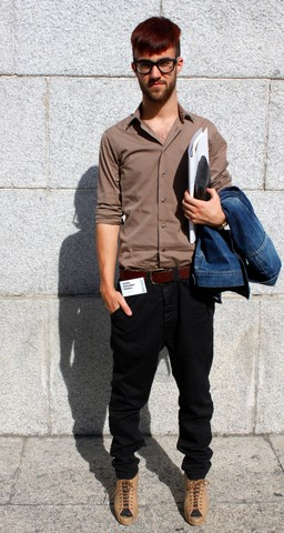 Javier Sendin - Zara Shirt, Pull & Bear Baggy Pants, Stradivarius Wedges, Pull & Bear Denim Jacket, H&M Belt, Bimba&Lola Bag - VIII Congreso de Moda (Navarra)