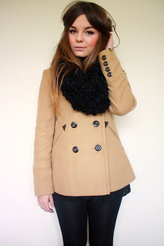 Lily Melrose - New Look Camel Peacoat, Primark Textured Snood, New Look Lace Dress - Winter coat pt.1