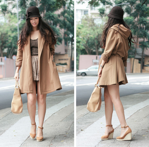 Mayo Wo - Vintage Camel Coat, Pull & Bear Knit Bustier, Fendi Beige Twins Bag, Chloé Suede Wedges - Camel coat from mom's closet