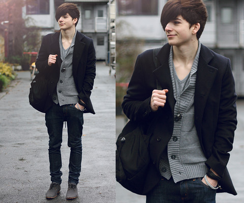 Yannick K. - Rucksack, Patrizia Pepe Navy Blue Jacket, Grey V Neck Tee, Clock Necklace, H&M Grey Cardigan, Cheap Monday Dark Blue Skinny, Asos Grey Shoes - If we are gonna perform Inception then we need imagination.