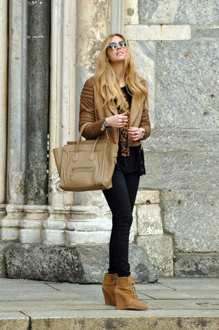 Chiara Ferragni - Asos Jacket, Céline Celine Bag - Camel tones and Celine bag