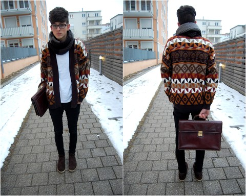 Harrison M. - H&M Favorite Scarf, Vintage Sweater Thing, Dad's Old Briefcase, Black Skinners, Görtz Brown Boot Love - Face it.