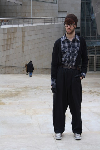 Javier Sendin - Belt, H&M Pants, Mango Shirt, H&M Cardigan, Converse Sneakers, Zara Leather Gloves, Zara Hat - Guggenheim.