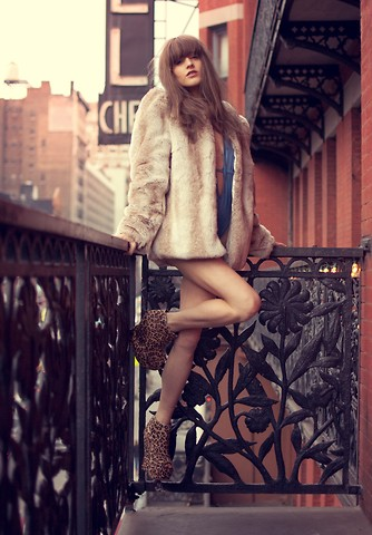 Rachel Lynch - American Apparel Baby Blue Swimsuit, Pins And Needles Light Brown Fox Fur Coat, Asish Leopard Wedges - Staying up all night in the chelsea hotel