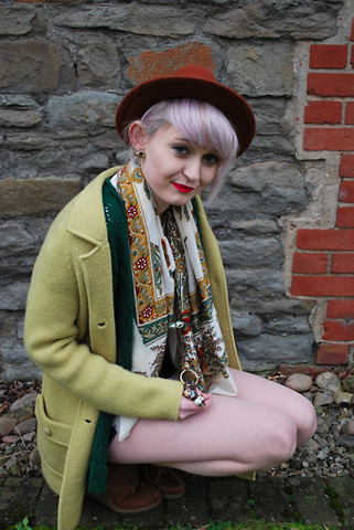 Tori West - Unknown Vintage Scarf, Vintage Lime Green Cardigan, Undefined Hat, Urban Outfitters Knit Dark Green Cardigan - Vintage Garden Gnome