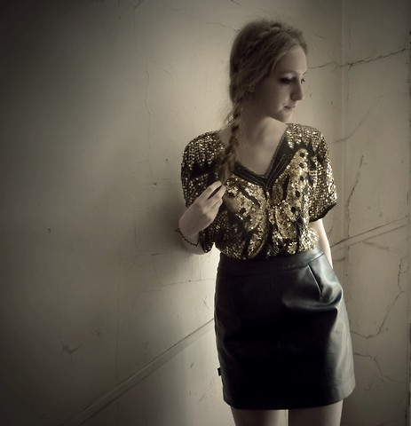 Marie-Louise H. - Free P Star Golden Sequin Shirt, Free P Star Leather Skirt - Papillon