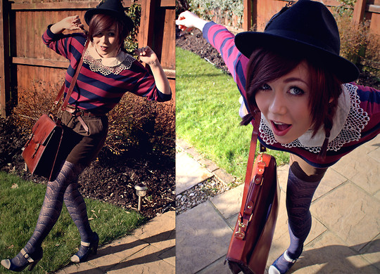 Laura Roberts - Urban Outfitters Lace Collar, Vintage Leather Satchel, H&M Tights - My wardrobe is my playground