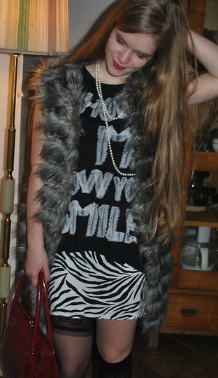 Eppy K. - Zara Faux Fur, Second Hand Skirt, Bershka Tee, Second Hand Bag - They stay down deep